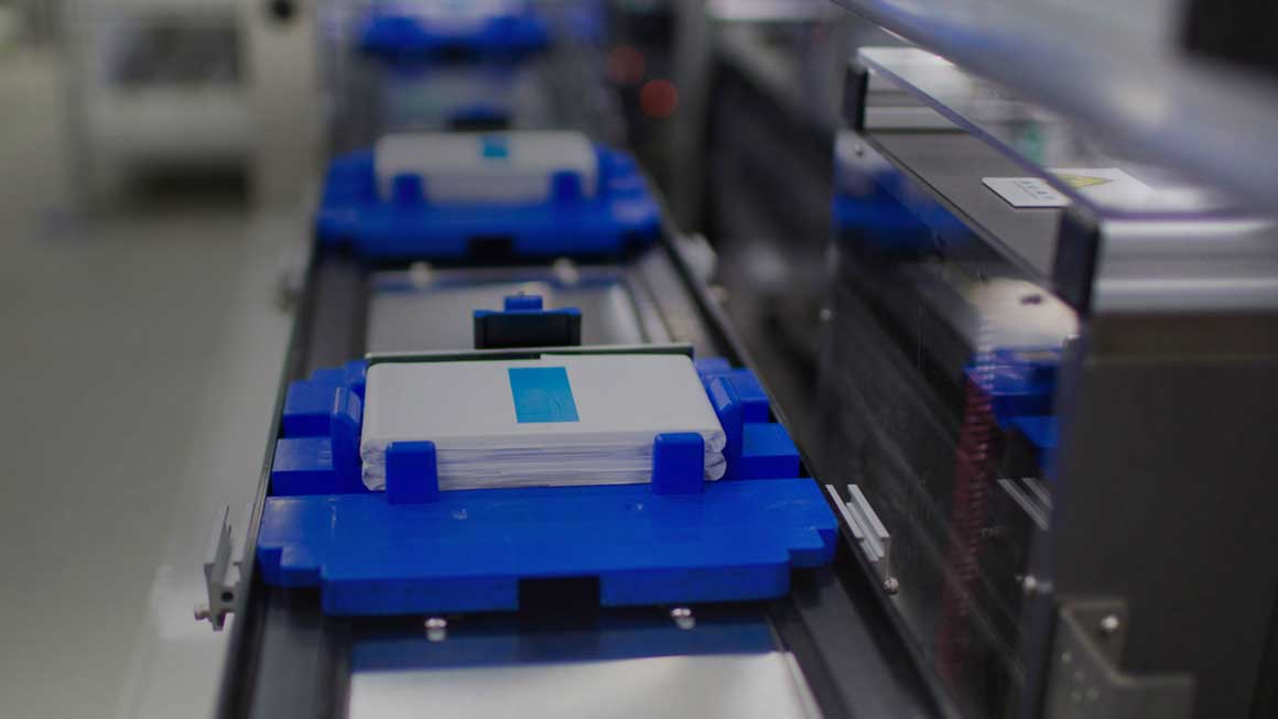 CATL desarrolla baterías libres de níquel y cobalto