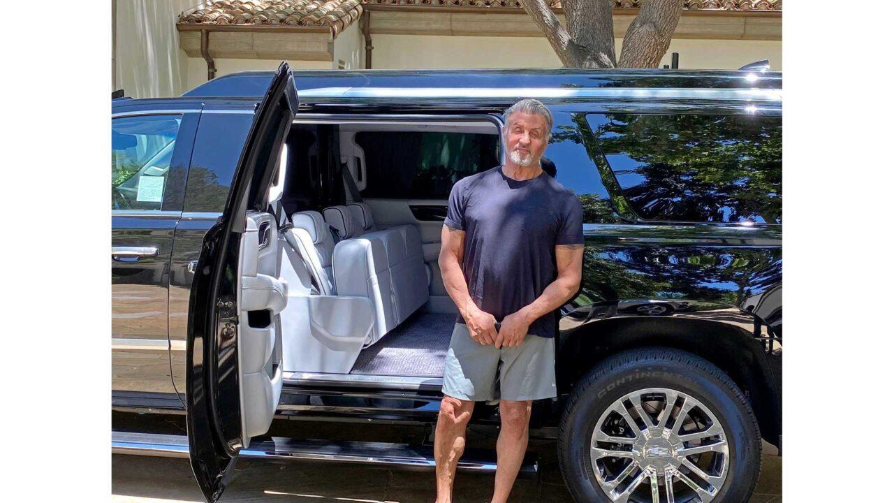 Sylvester Stallone vende su Cadillac Escalade