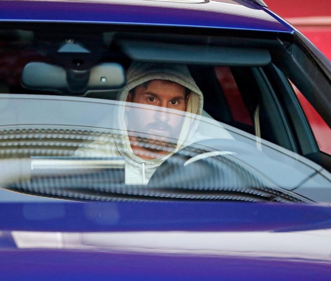 Estos son algunos famosos zurdos amantes de los autos