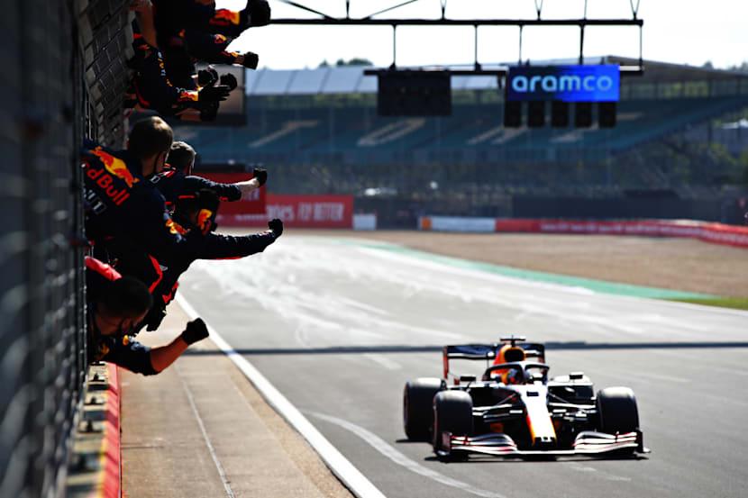 Max Verstappen logra el primer triunfo del año para Red Bull