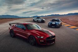 Martes de deportivos: Ford Shelby GT 500 vs Challenger SRT Widebody Redeye