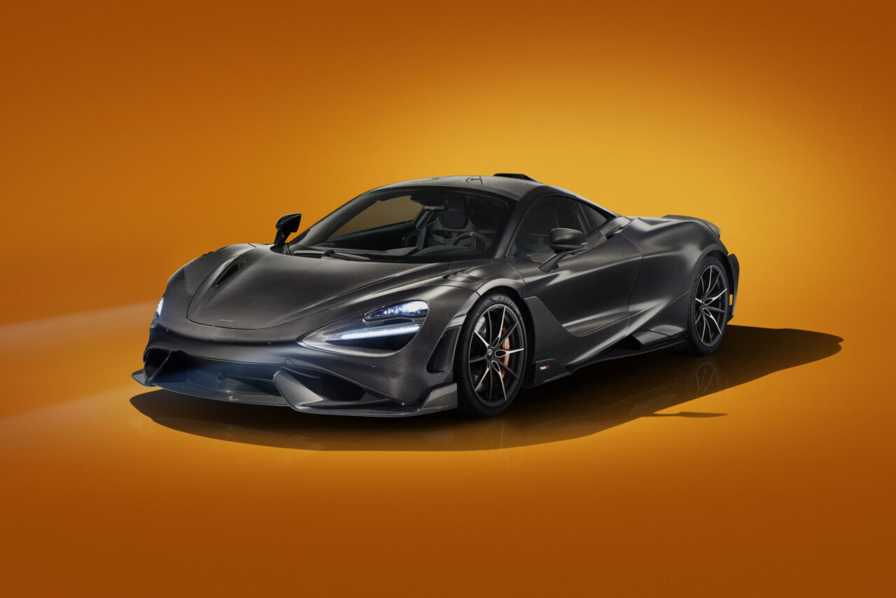 El nuevo McLaren 765LT se está ensamblando a mano
