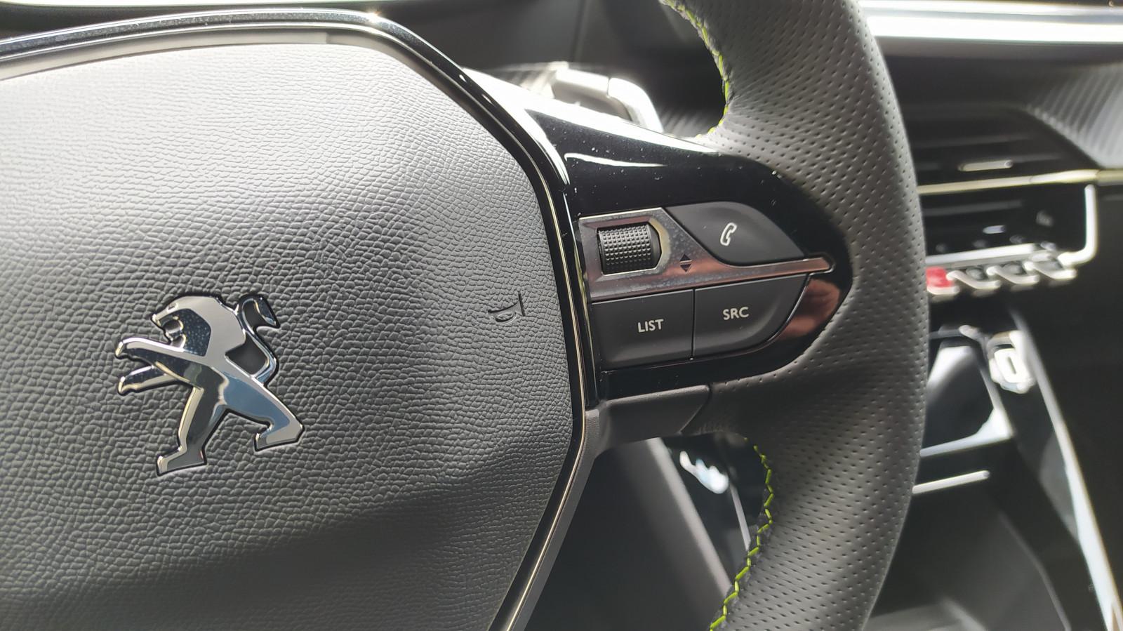 ¿Cuáles son las partes más sucias y antihigiénicas al interior de un auto?