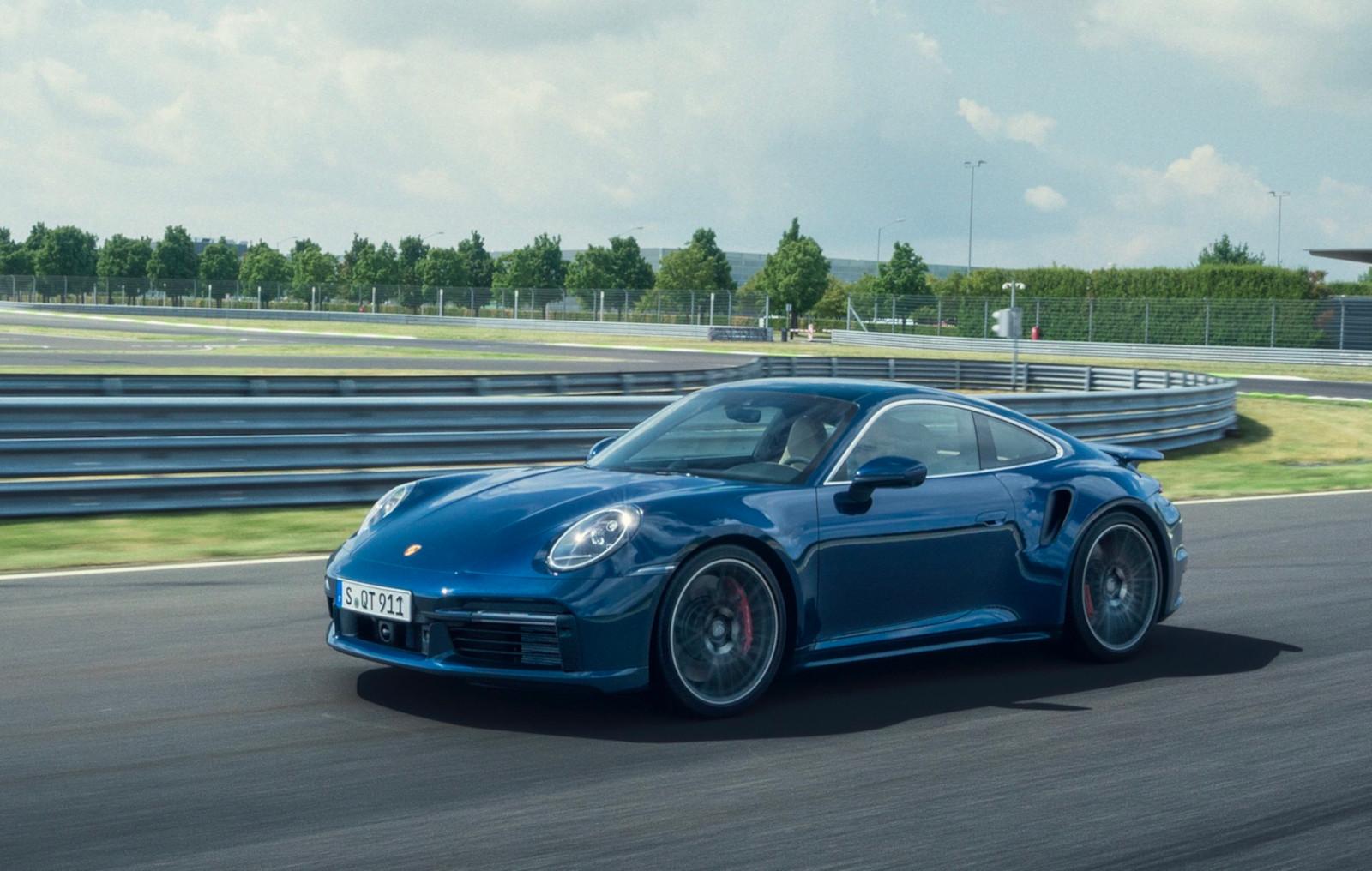Porsche investiga combustible sintético