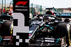 Hamilton logra la pole position en Portugal