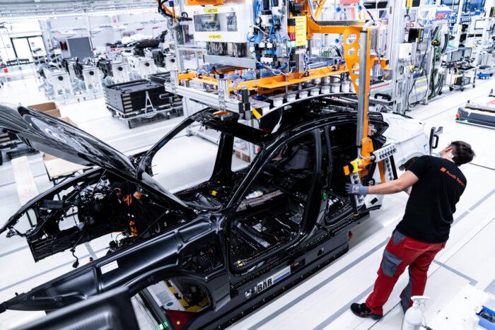 Desarrollan con realidad virtual la producción del Audi E-Tron GT