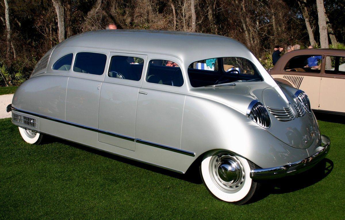 La historia del primer Minivan