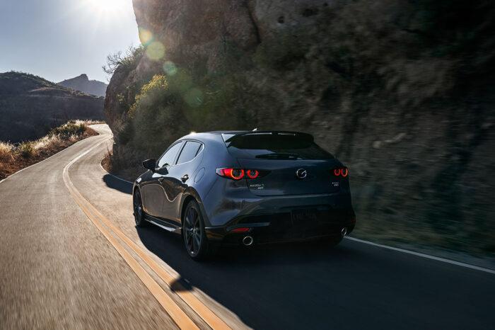 Mazda 3 HB AWD le pone turbo a la vida