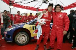 Maradona como copiloto de Sébastien Loeb