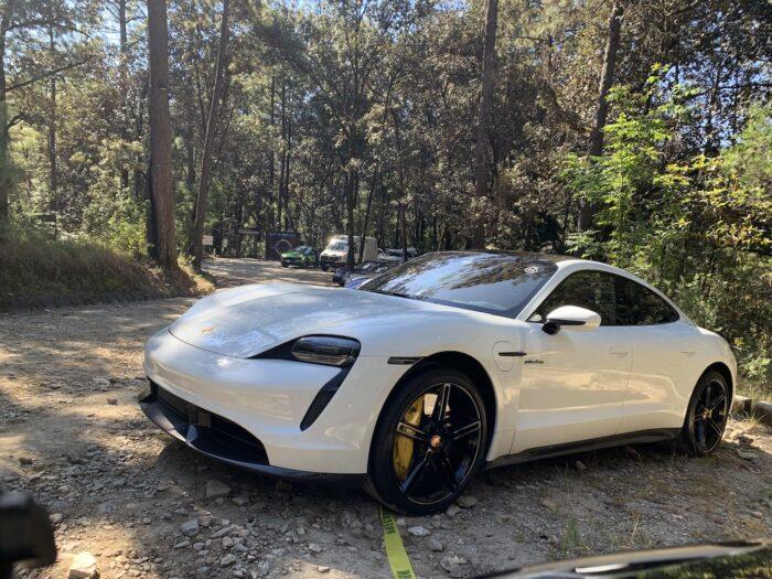 Manejé el Porsche Taycan: el poder ha cambiado