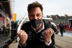 Toto Wolff continuará al frente del equipo Mercedes