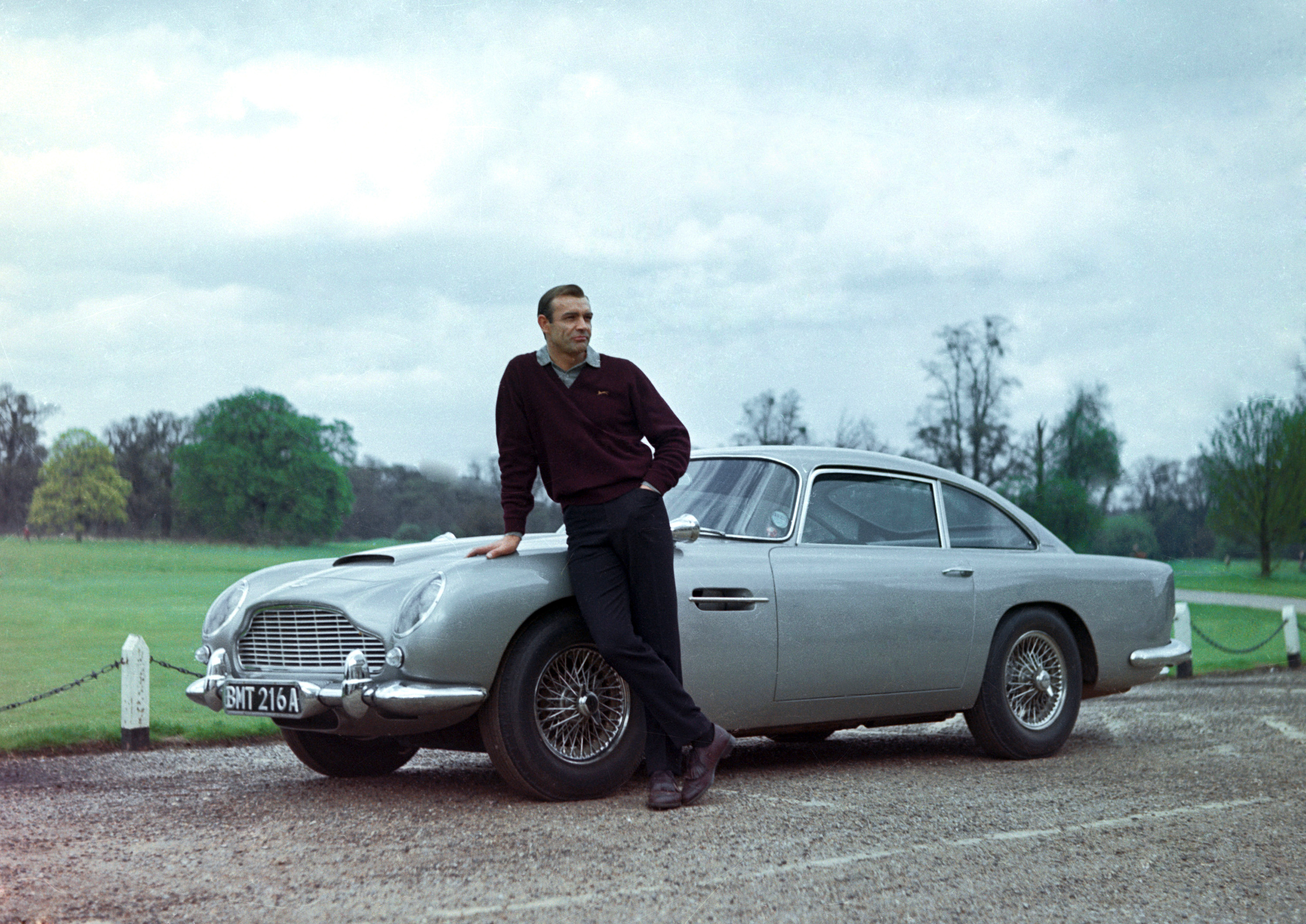 Aston Martin DB5 y Sean Connery