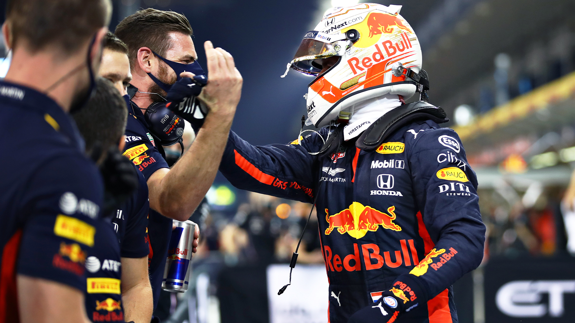 Max Verstappen sorprende con la pole position en Abu Dhabi