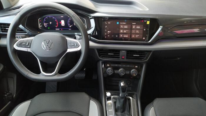 Volkswagen Taos interior
