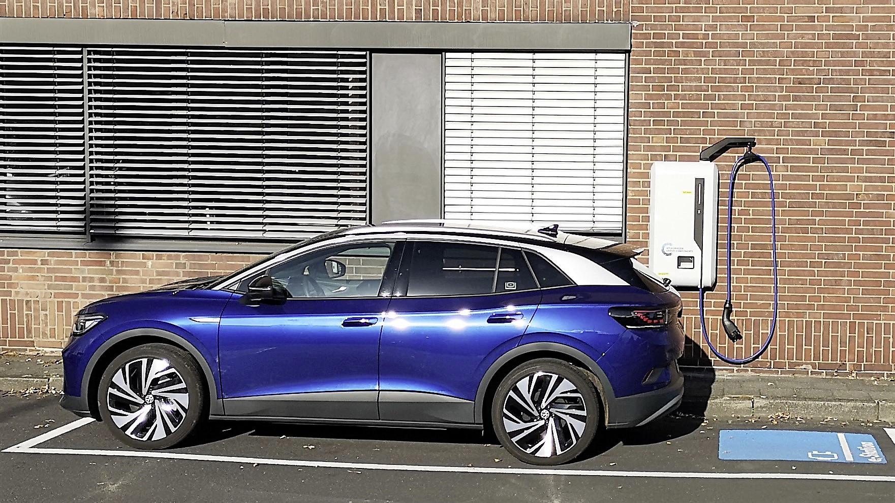 Volkswagen analiza nuevo dispositivo para carga de eléctricos