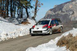 Ogier e Ingrassia sufren fuerte accidente en el test previo a Montecarlo