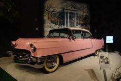 La increíble colección de autos de Elvis Presley que se puede ver en Graceland