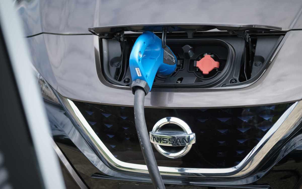 La carga bidireccional de los vehículos eléctricos podría traer más ventajas de las que pensamos