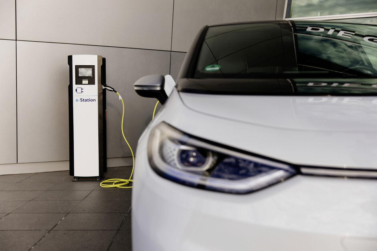 Volkswagen expande la infraestructura de carga para eléctricos