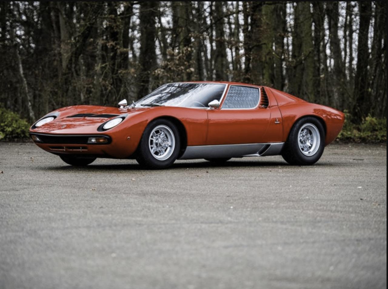 Dos emblemáticos Lamborghini se subastaron a precios récord