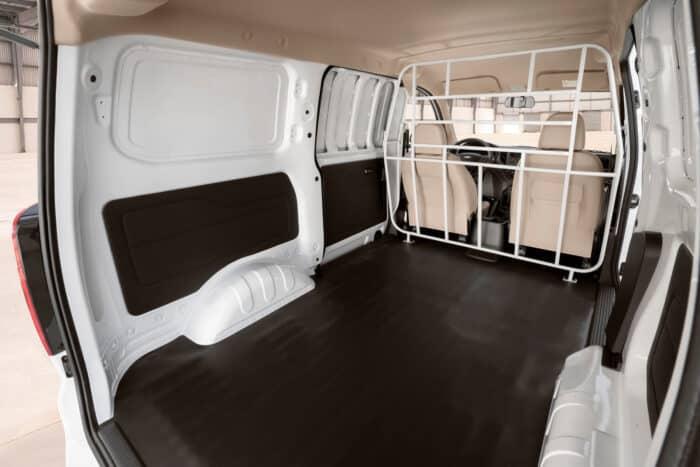 Chevrolet Tornado Van 2022, lista para el trabajo (2)