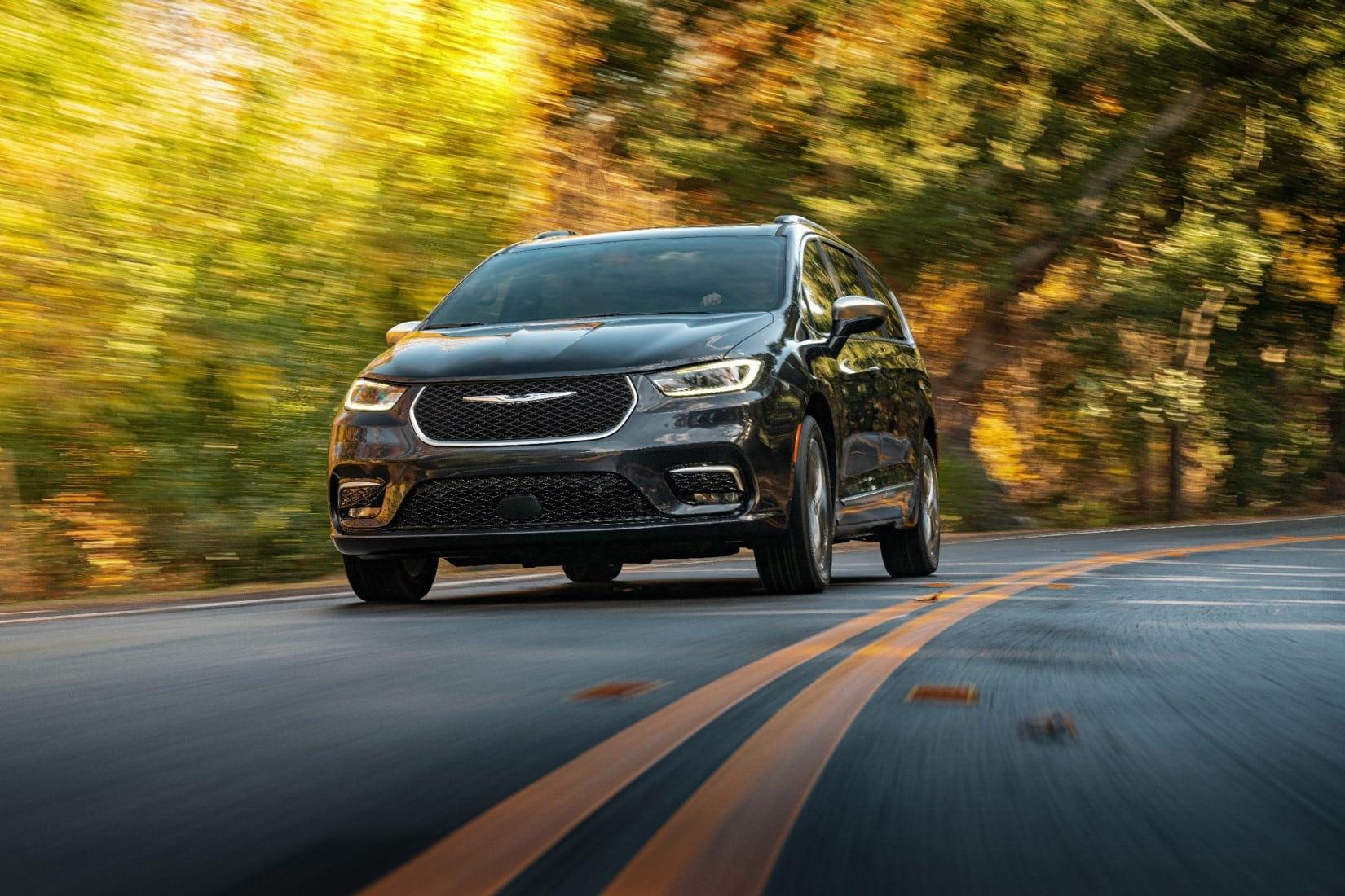 Chrysler Pacifica Limited Platinum 2021, más tecnológica y segura