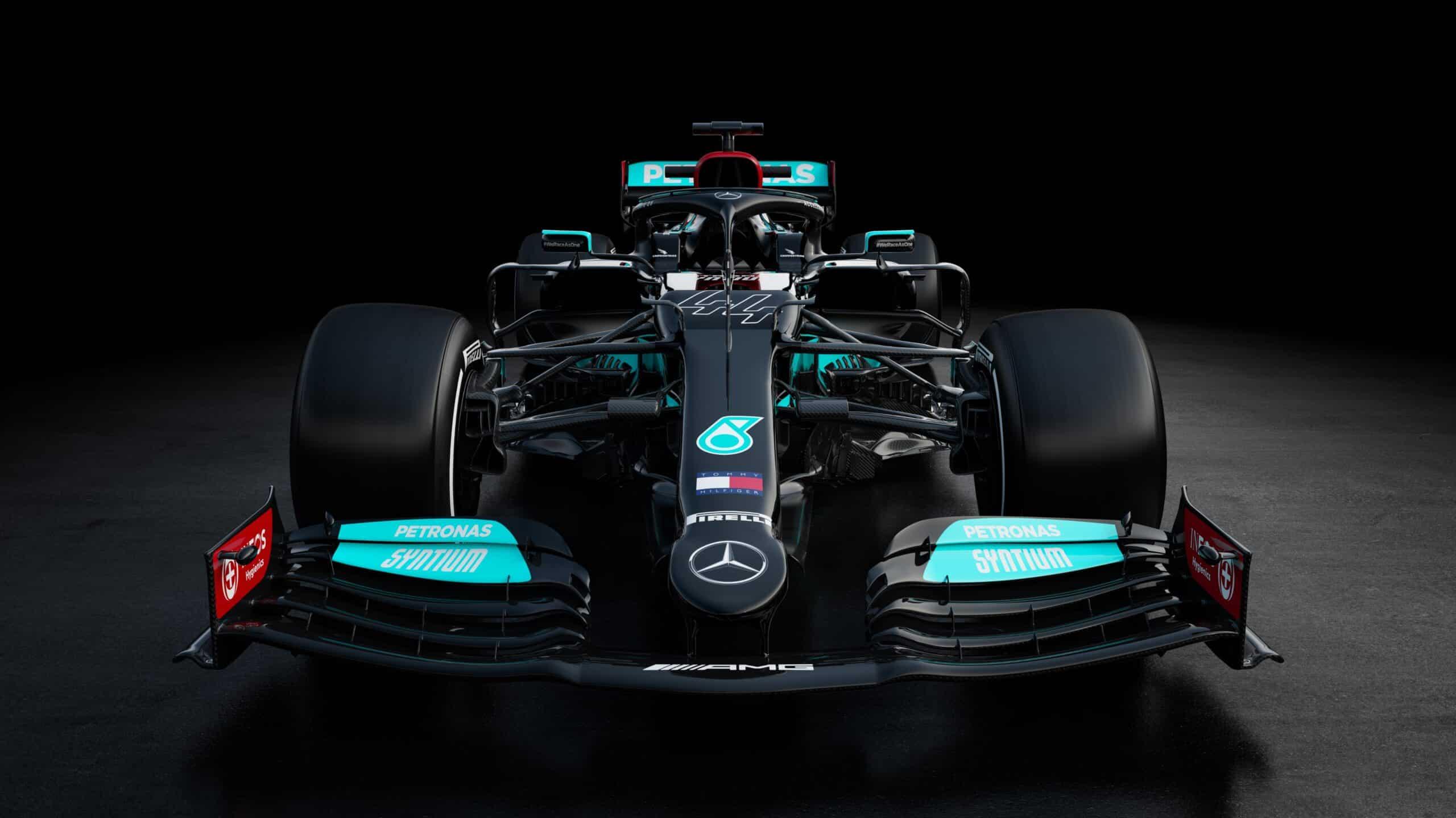 Mercedes presenta el W12 de Hamilton y Bottas