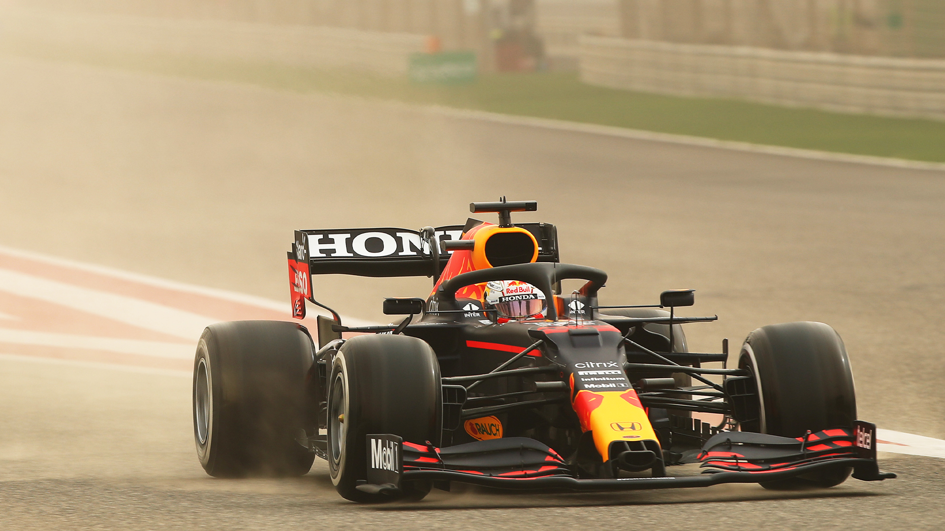 Verstappen encabeza el día 1 de las pruebas de pretemporada