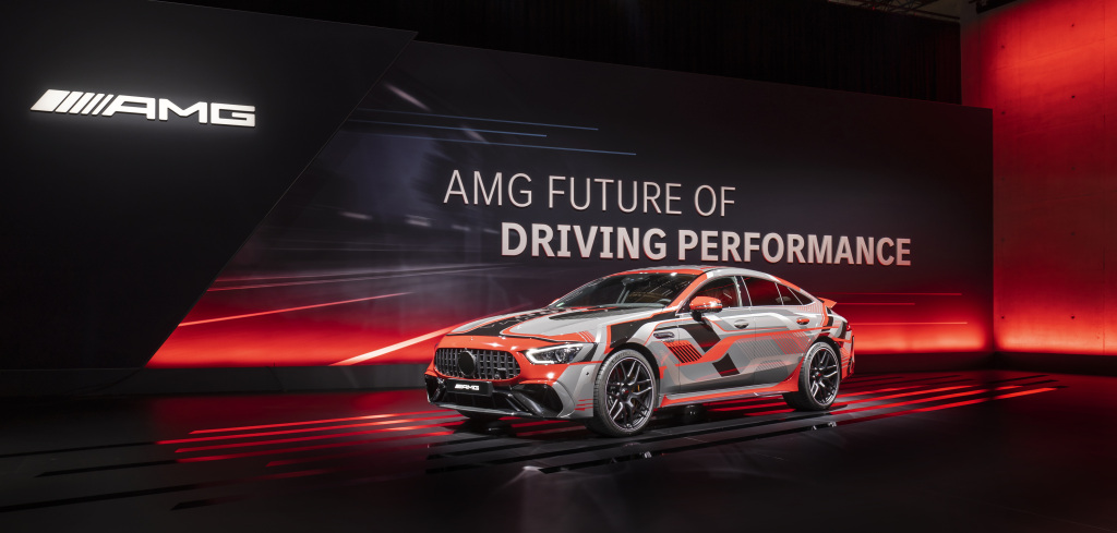 Mercedes-AMG desarrolla su estrategia eléctrica