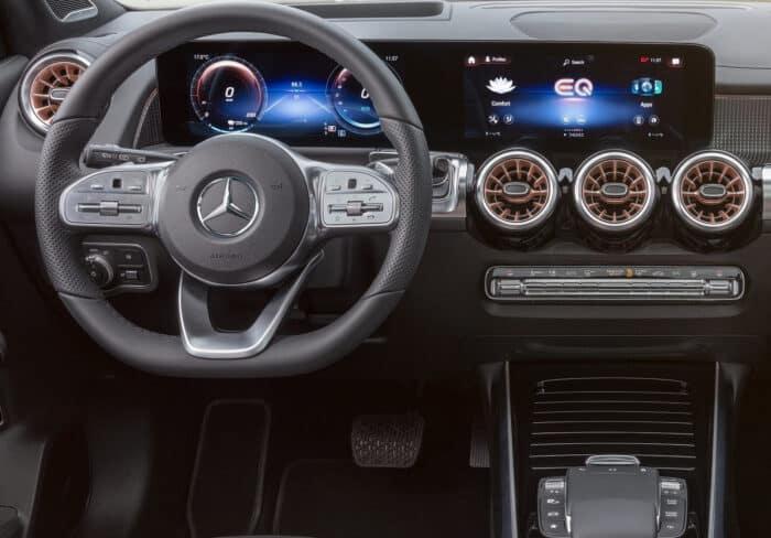 Interior Mercedes EQB
