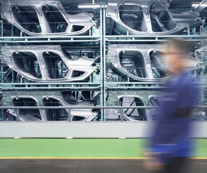 BMW acero verde recicados reciclaje