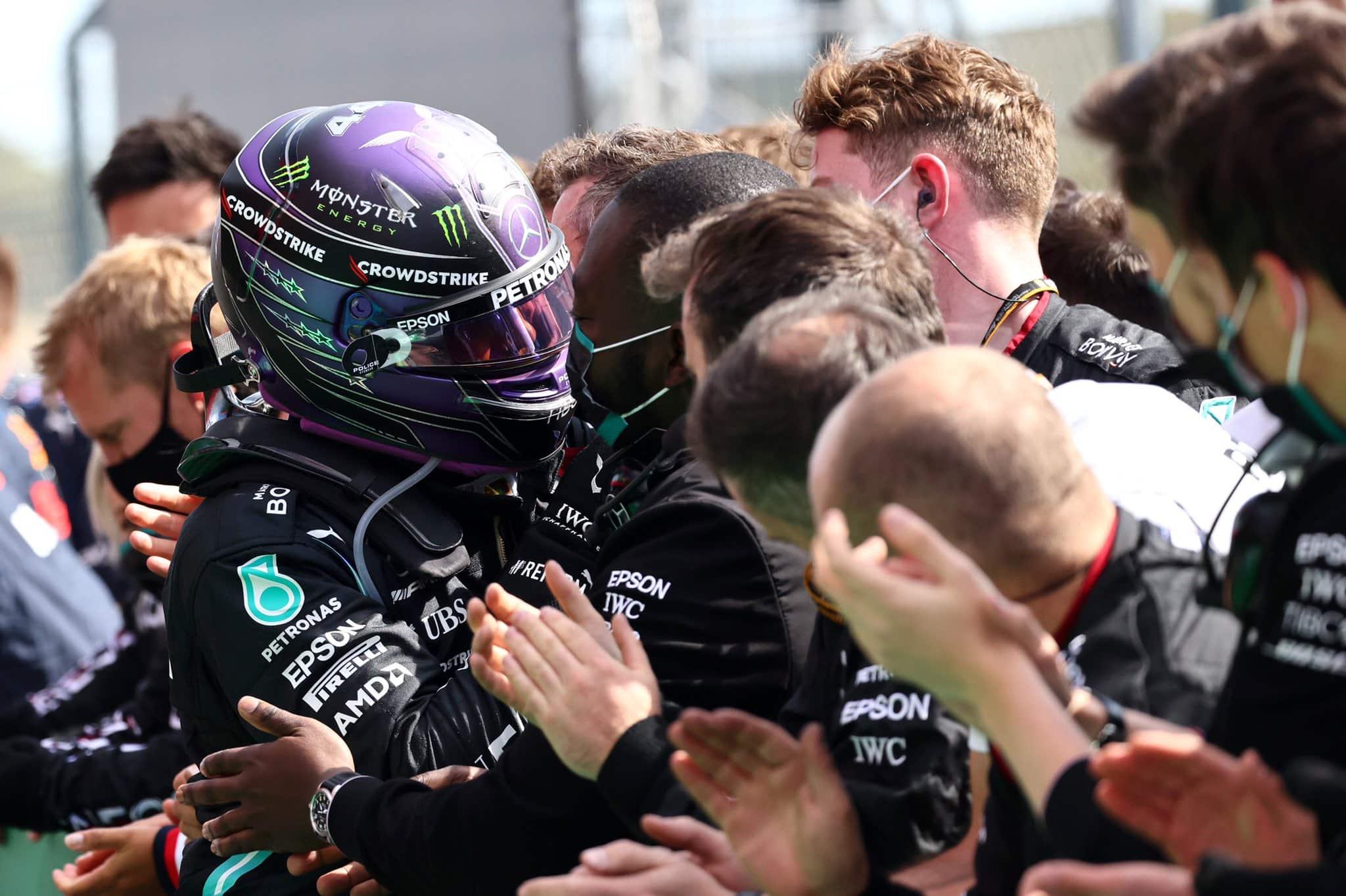 Lewis Hamilton se impone en el GP de Portugal