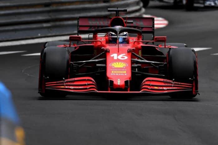 Leclerc consigue la pole tras accidente en Mónaco