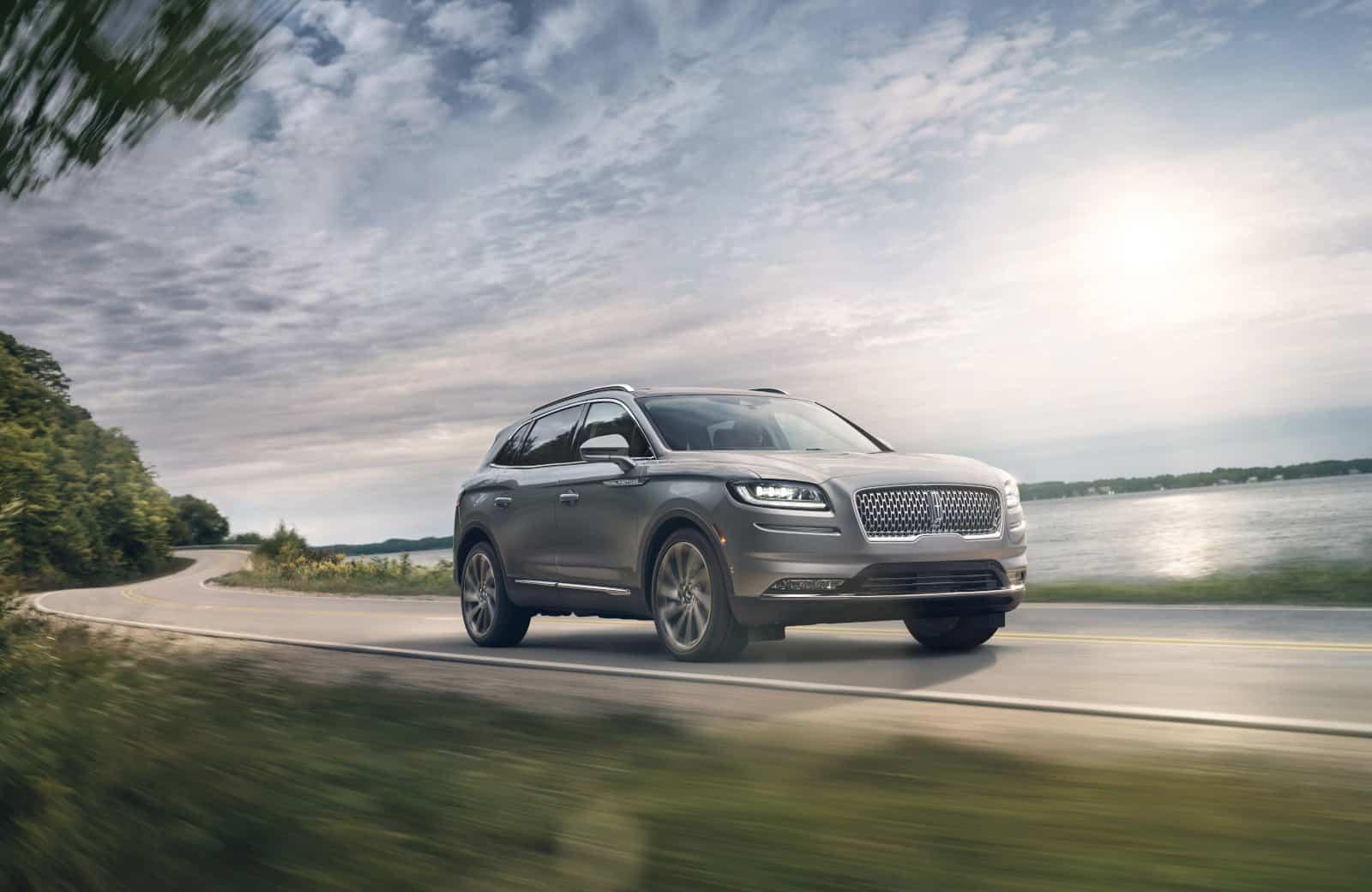 Elegancia y tecnología con Lincoln Nautilus 2021