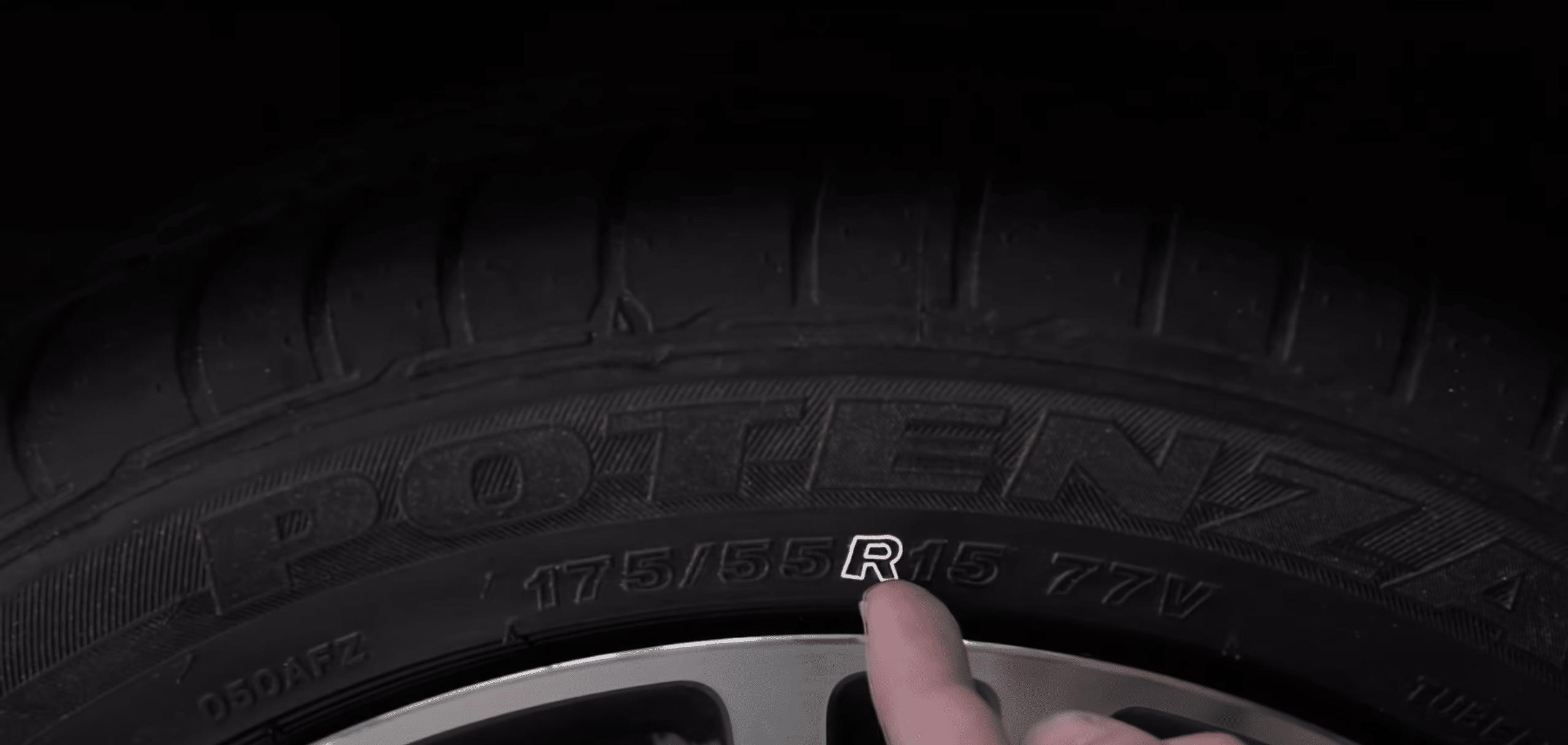 ¿Cómo leer el código en la parte lateral de un neumático o llanta?