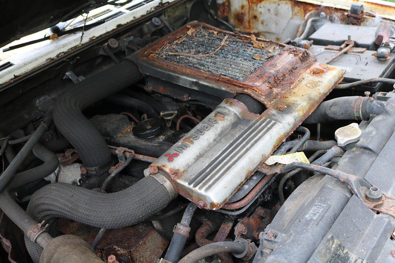 ¿Reconstruir el motor para hacerlo más eficiente o mejor cambiar de auto?
