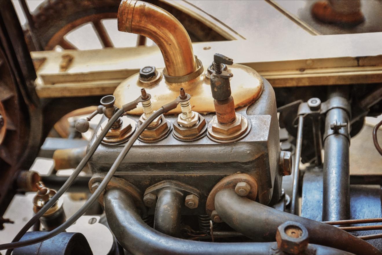 motor_engine_block_machine_technology_workshop_engine_spark_plugs_metal-1332690 bujías motor