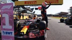 Max Verstappen gana la carrera sprint de F1 y consigue la pole position