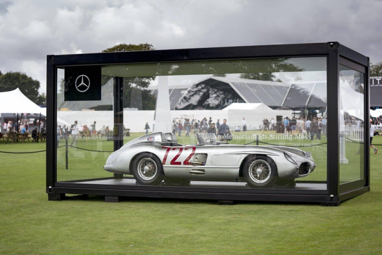"""Mercedes-Benz 300 SLR """"722"""" von Sir Stirling Moss beim British Grand Prix in Silverstone // Mercedes-Benz 300 SLR """"722"""" of Sir Stirling Moss at the British Grand Prix at Silverstone"""