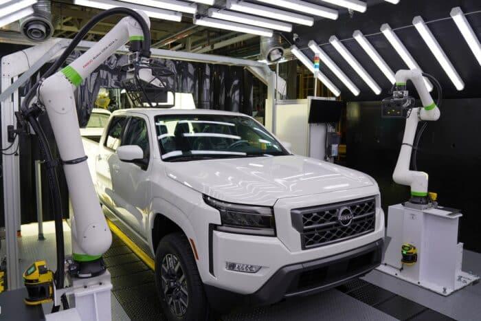 Se ha arrancado de manera oficial la producción de la nueva Nissan Frontier 2022 en la Planta de Manufactura de Canton.