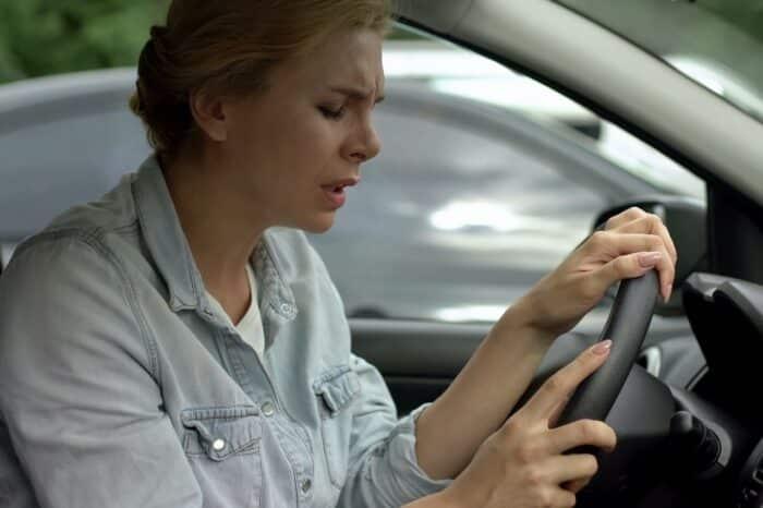 ¿Eres de los que se tiene mareos en el auto? Remedios y consejos para no sufrir