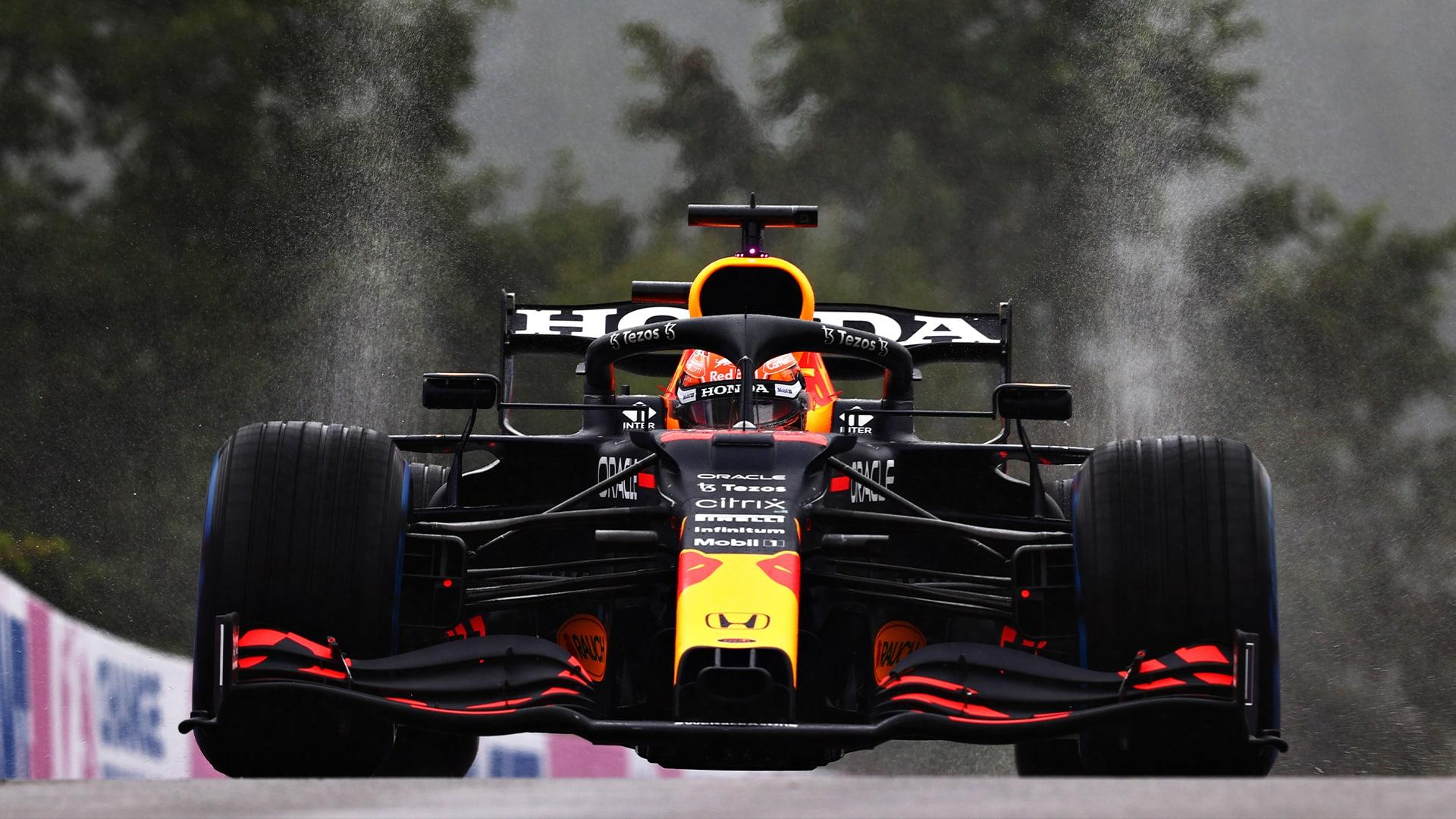 Max Verstappen declarado ganador del GP de Bélgica, Russell sella su primer podio