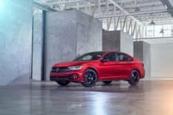 Volkswagen Jetta 2022, renovación de un ícono