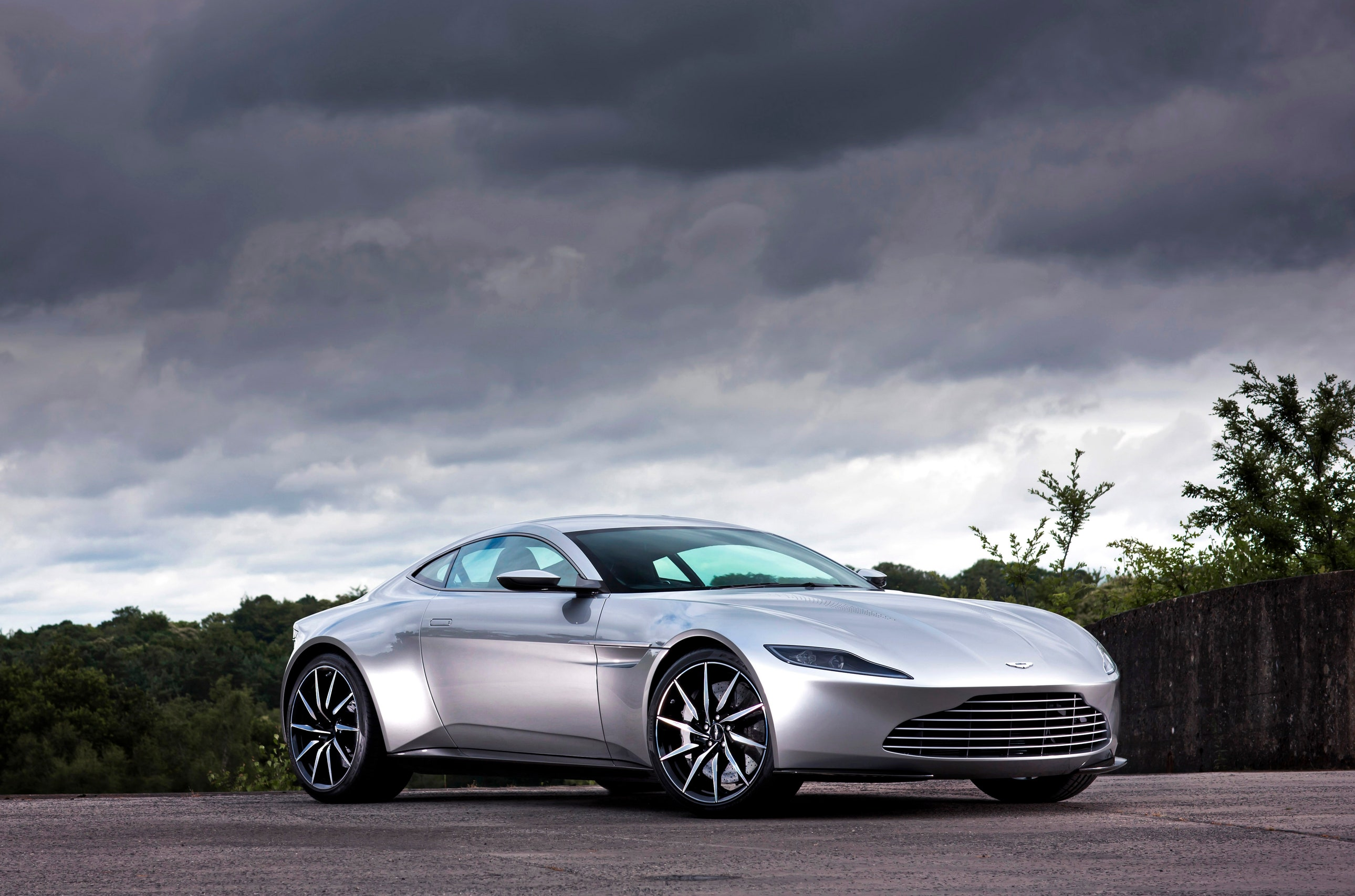 Aston Martin DB10, solo 10 unidades para todo el mundo