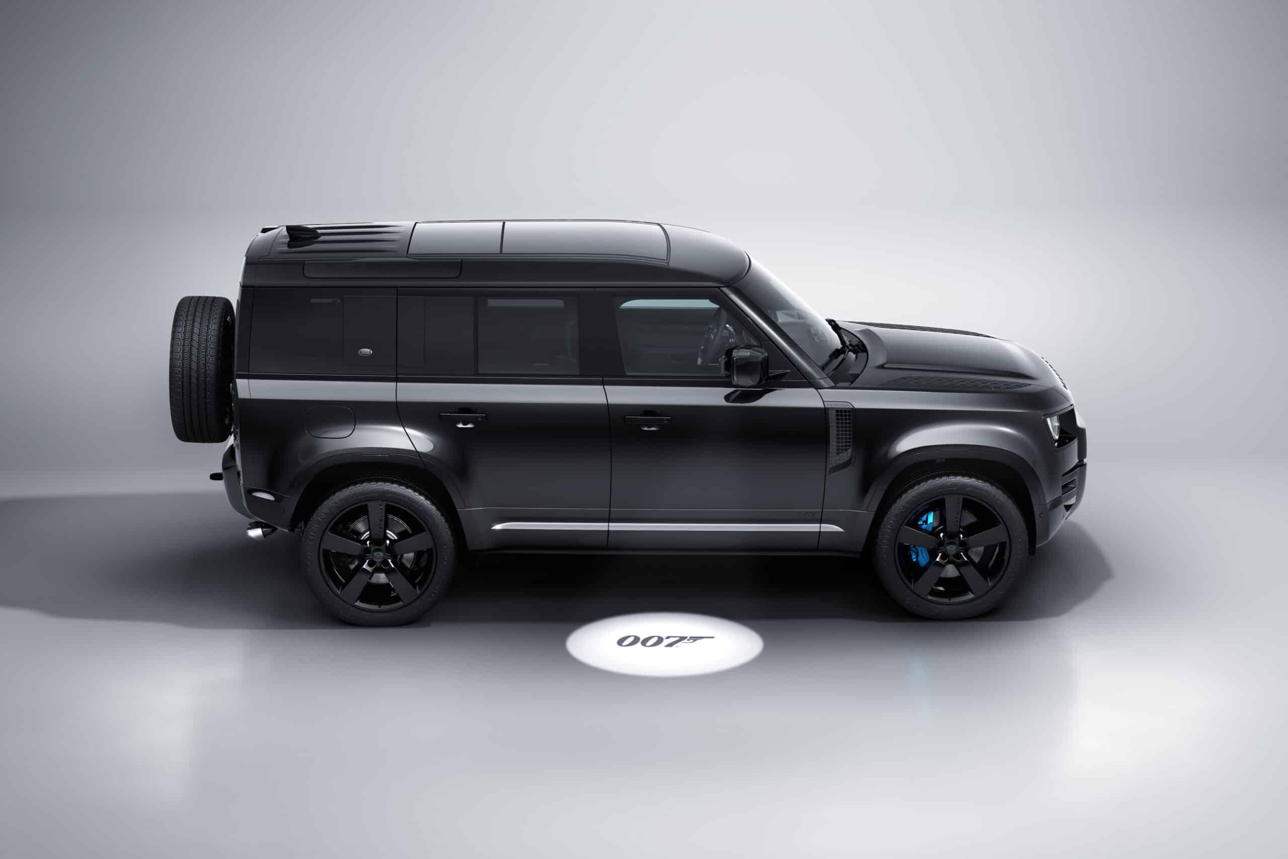 ¡Land Rover Defender V8 Bond Edition llega a México!