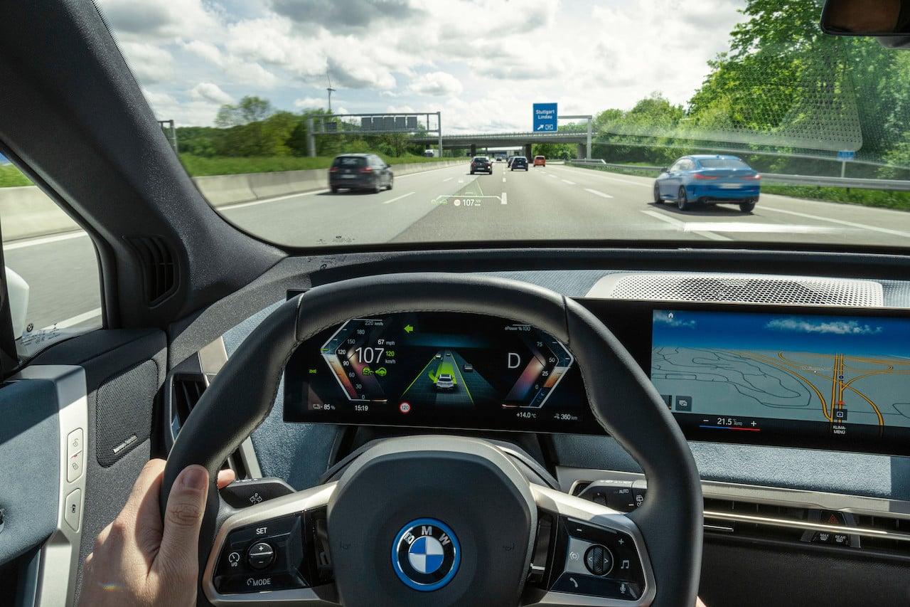 Con el manejo autónomo, ¿será ilegal conducir un vehículo?