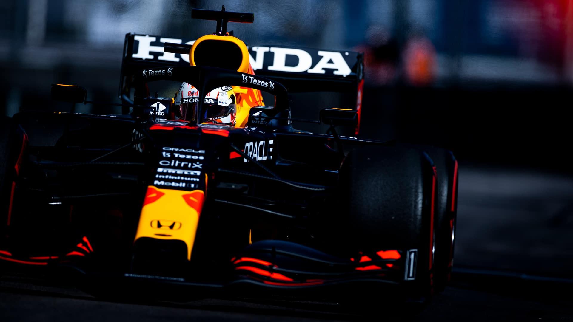 Verstappen cambia de unidad de motor, saldrá desde la última fila