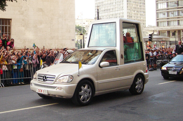 Papamóvil Mayo 2007