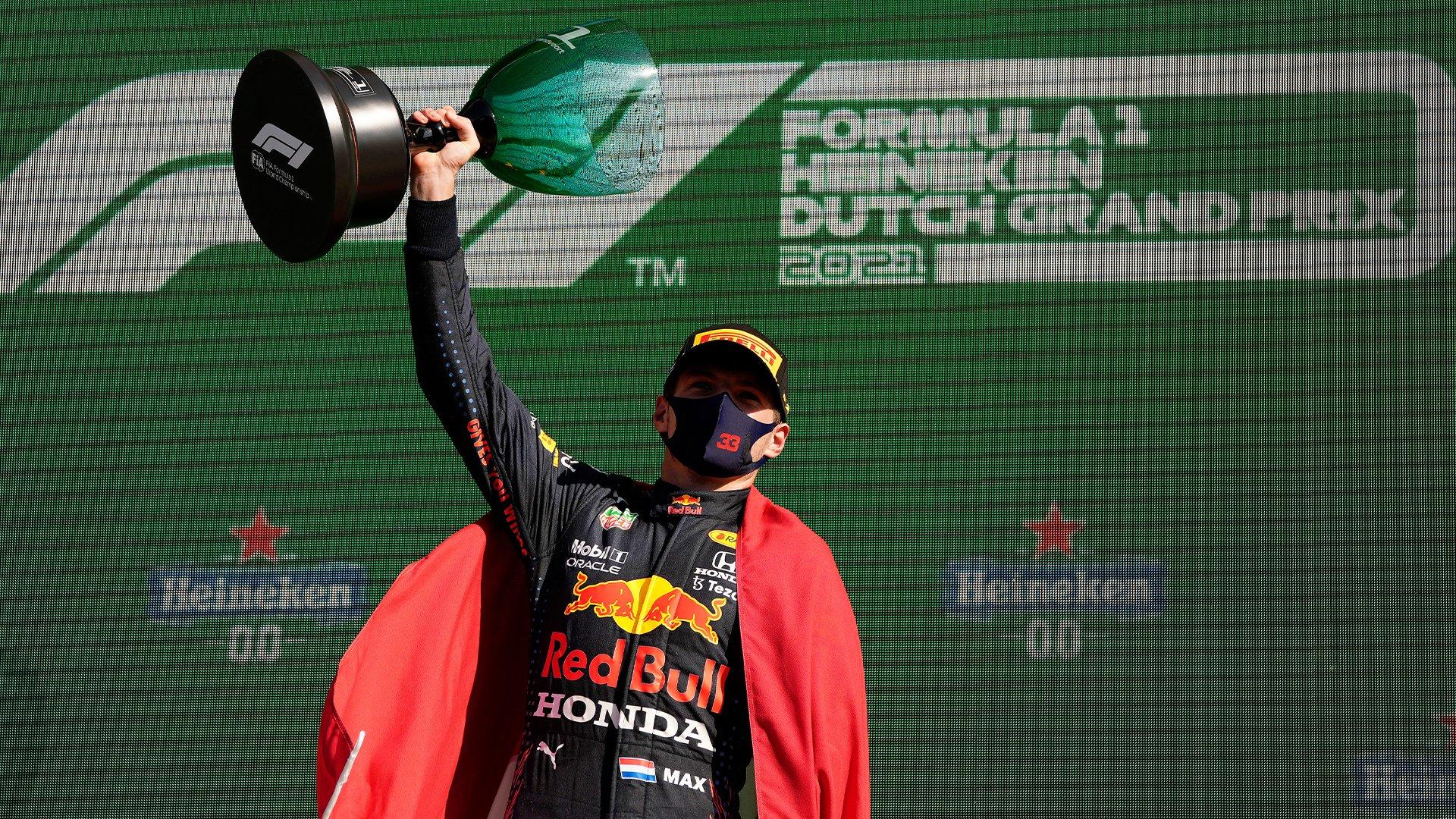 Max Verstappen triunfa en Zandvoort y recupera el liderato en el campeonato