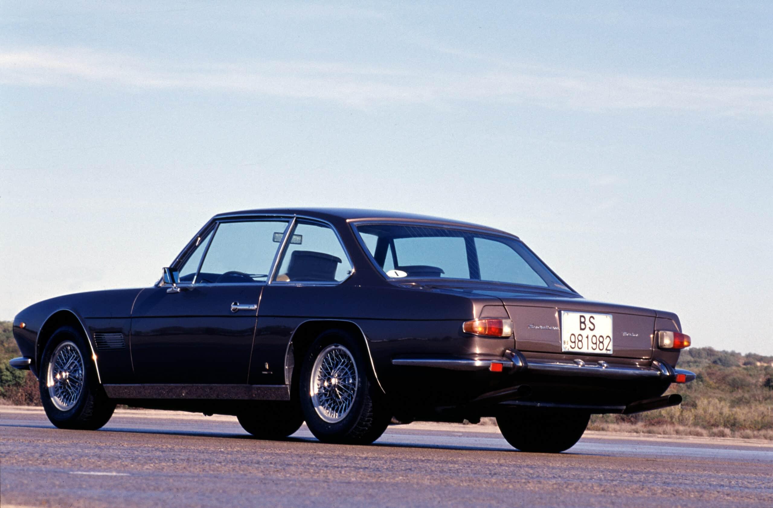 Parte trasera de Maserati Mexico 1966